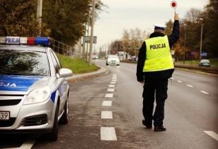 Na krajówce 28-latek uciekał przed policją. Złapali go i sprawdzili, co ma w ślinie