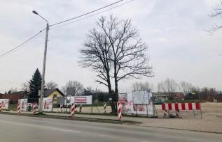 Największy parking w Wadowicach zamknięty. To przez remont ulicy Sienkiewicza