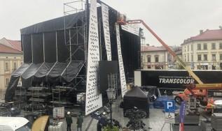 Nie odwołają koncertu papieskiego w Wadowicach. Ratusz wydał oświadczenie, zaprasza przed telewizory