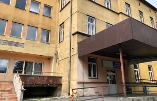Nikt nie chce kupić starego szpitala w Wadowicach. Starostwo ma problem