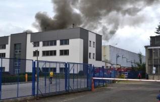 Po pożarze hali w Andrychowie policja wszczęła dochodzenie. Chce poznać prawdziwą przyczynę