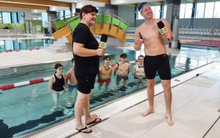 Podwodne szachy z liceum w Andrychowie sławne na cały kraj! TVN zrobił relację na żywo