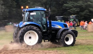 Traktoryja we Frydrychowicach