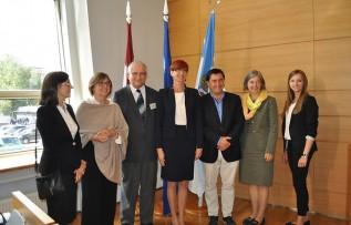 Minister Rafalska odbierając wyróżnienie zwróciła uwagę, że w czasach starzejącego się społeczeństwa kluczowe znaczenie ma objęcie szczególną troską rodzin wychowujących dzieci