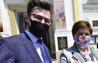 Parlamentarzyści PiS Filip Kaczyński i Beata Szydło