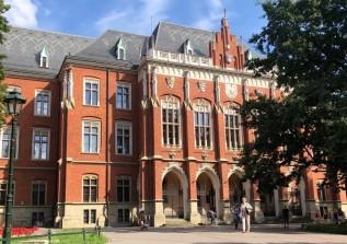 Rektor UJ zdecydował. Studenci na razie nie mają po co wracać do Krakowa