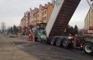 Remont ulicy Sienkiewicza w Wadowicach na finiszu. Kiedy skończą?