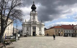 Stan epidemiczny w Wadowicach. Kolejne duże zmiany w mieście