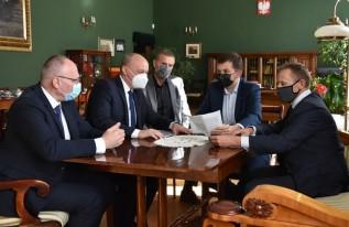 Szpitale w Oświęcimiu i Chrzanowie przygotowują się na zły scenariusz pandemii
