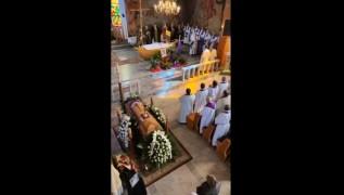 Pogrzeb księdza transmitowano w Internecie na portalu społecznościowym