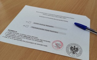 W niedzielę Polacy wybierają prezydenta. Co warto wiedzieć?