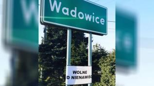 """Wadowice """"wolne od nienawiści"""" ... o co chodzi w tej akcji i kto to robi?"""