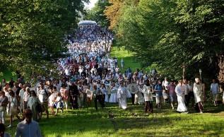 Wielki tydzień odpustowy w Kalwarii Zebrzydowskiej. Pielgrzymi już się pojawili