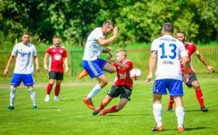 Zatrzymać lidera! Mecz na szczycie w Wadowicach